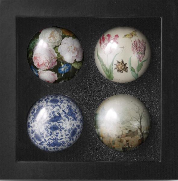 Geschenkdoos 4 kerstballen Meesterwerken